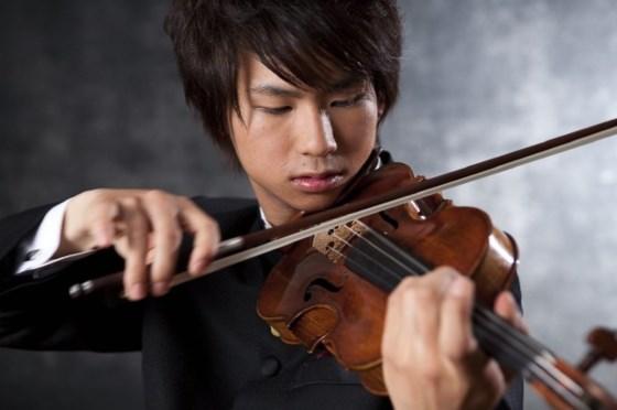 dong-violin-nhat-toi-bieu-dien-o-ha-noi
