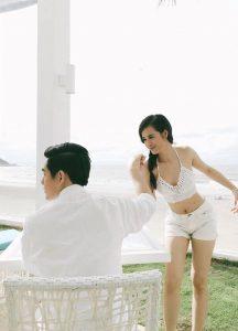 Hình ảnh Đông Nhi cầu hôn Ông Cao Thắng được đăng tải trên trang cá nhân của mình của mình