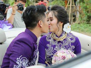 Sau tiệc cưới tại quê nhà Trà Vinh, Lê Phương và chồng trẻ Trung Kiên sẽ tiếp tục tổ chức lễ báo hỉ tại Ninh Thuận (16/8) và TP. HCM (18/8).