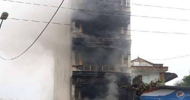 Cháy lớn làm 2 người thiệt mạng tại thị trấn Xuân Mai, Hà Nội