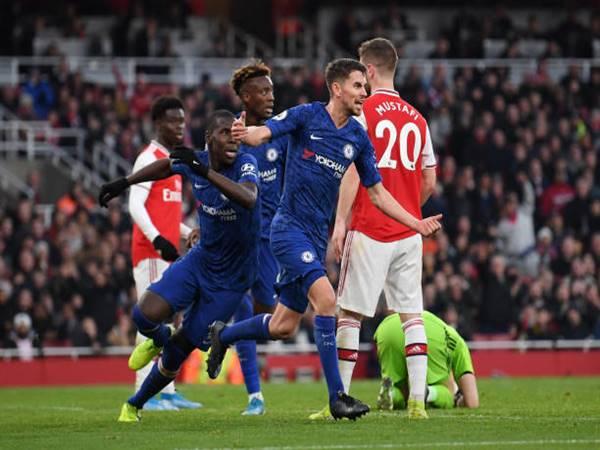 Chelsea ngược dòng ngoạn mục trước Arsenal
