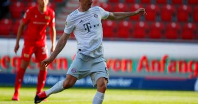 Tin bóng đá 18/5: Bayern xây chắc ngôi đầu