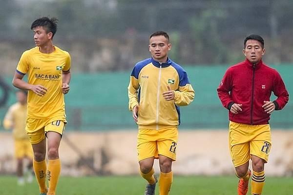 Chuyển nhượng V-League 26/11: SLNA chia tay thêm 2 cầu thủ