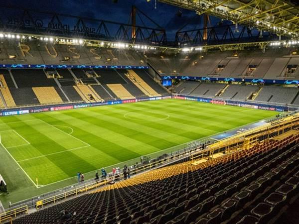 Jurgen Klopp sẽ có dịp trở lại Signal Iduna Park.