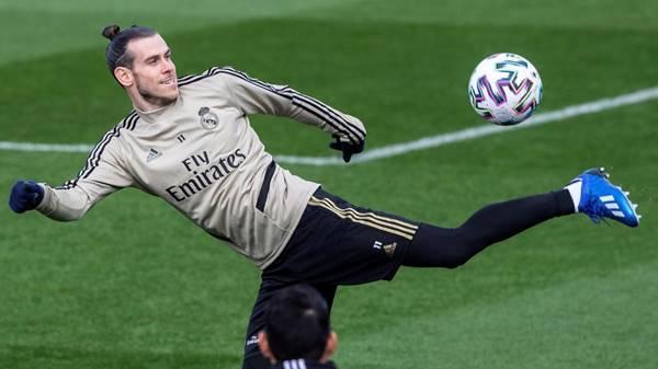 """Gareth Bale tạo nên thành tích """"khó tin"""" ở Tottenham"""