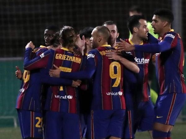 Tin bóng đá tối 22/1: Barca thắng CLB hạng ba trong hiệp phụ