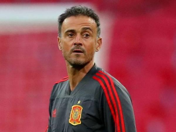 Tin bóng đá QT 29/3: HLV Tây Ban Nha: 'Tôi sắp lên cơn đau tim'